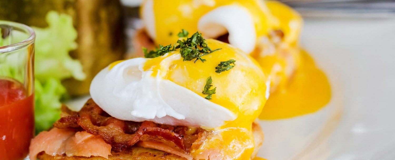 Brunch Food | Eggs Benedict